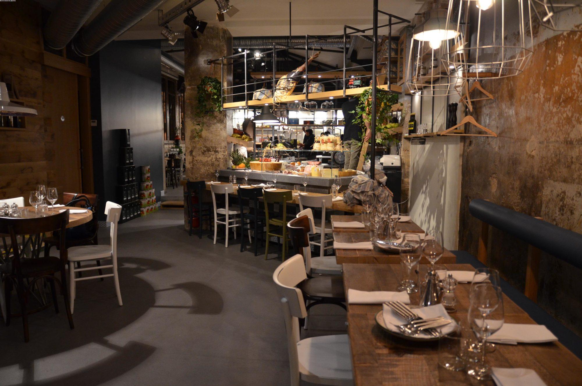 http://illum.it/wp-content/uploads/2019/06/3-Restaurant-Les-Amis-des-Messina-SchiticchiataTerroirEvasion.com_c2i-e1560264314540.jpg